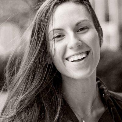 Linda Bustos - 15 Ecommerce Professionals to Follow
