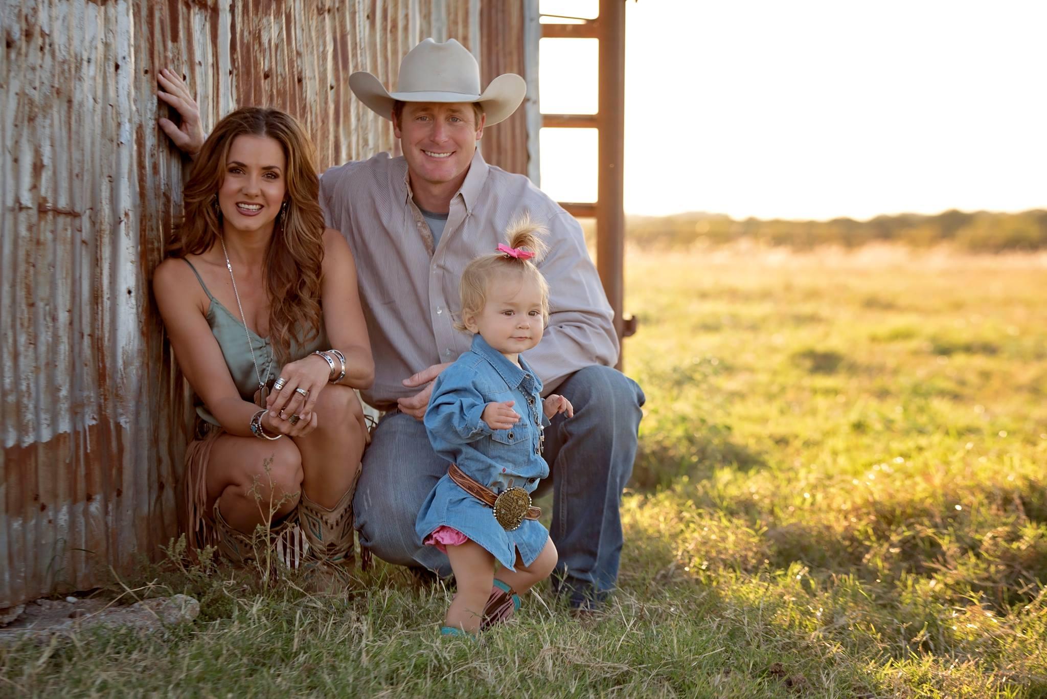 Shea Durfey and family